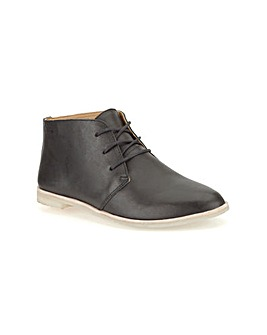 Clarks Phenia Desert Boots