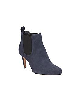 Clarks Carlita Quinn Boots