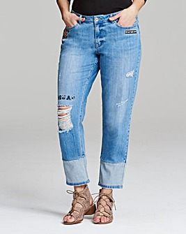 Layla Embroidered Boyfriend Jeans