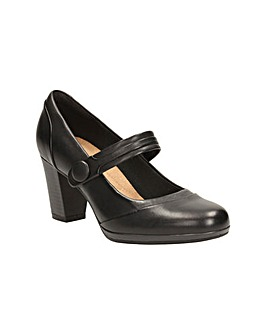 Clarks Brynn Mare Shoes