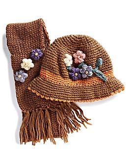 Flower Embellished Hat & Scarf Set