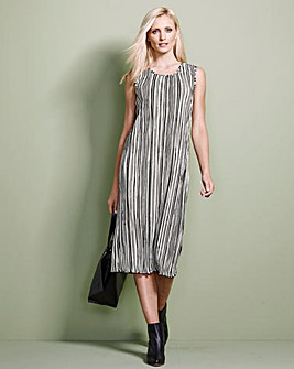 Black/ Ivory Stripe Plisse Shift Dress