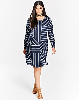 Navy/White Str Ruched Sleeve Swing Dress