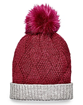 Red Pom Pom Bobble Hat