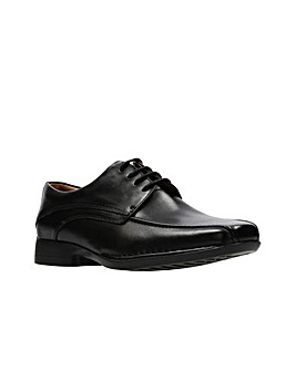Clarks Francis Air Shoes G fitting