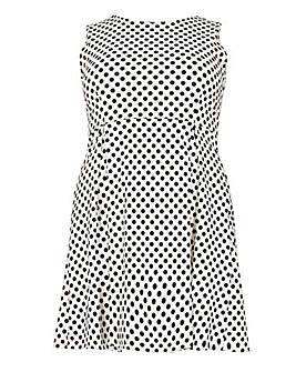 Samya Monochrome Polka Dot Fit And Flare