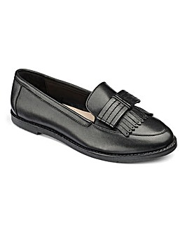 Layla Bow Front Loafer F Fit