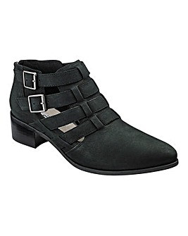Clarks Marlina Ramble Ankle Boots D Fit