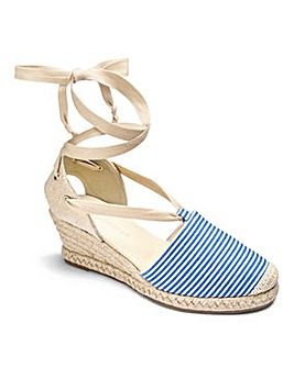 Heavenly Soles Tie Espadrilles EEE Fit