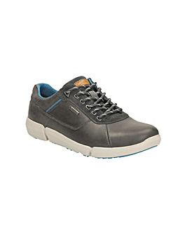 Clarks Triman Lo GTX Shoes