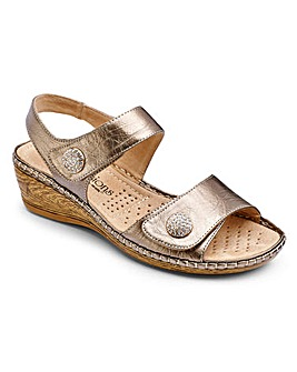 Cushion Walk Sandals EEEEE