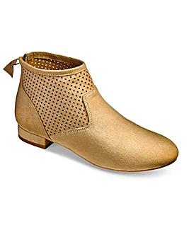 Sole Diva Back Zip Boots EEE Fit