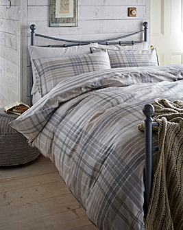 Lorraine Kelly Stirling Check Duvet Set