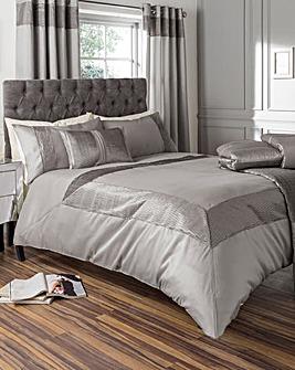 Pearl Embellished Duvet Cover Set