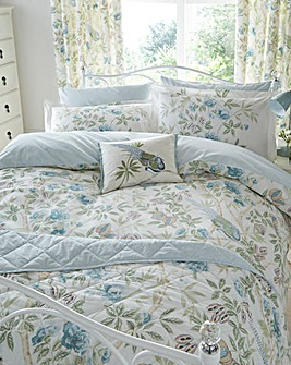 Sanderson Abbeville Quilted Throw