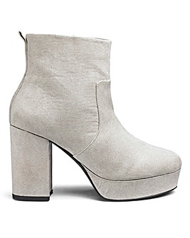 Sole Diva Keira Platform Boot EEE Fit