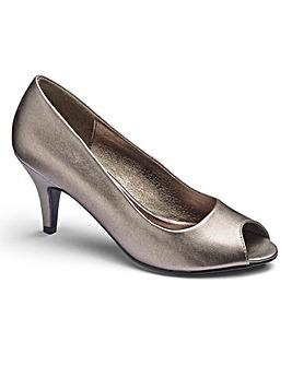 Heavenly Soles Peep Toe Shoes D Fit