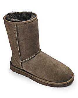 UGG Australia Classic Short Womens Boots