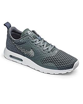 Nike Air Max Tavas SE Trainers