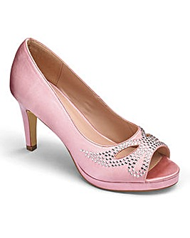 Heavenly Soles Satin Peep Toe E Fit