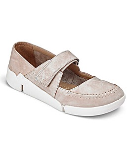 Clarks Tri Amanda Bar Shoes D Fit