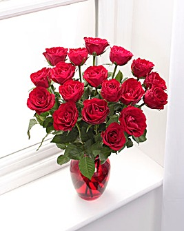 18 Red Rose Bouquet and Glass Vase