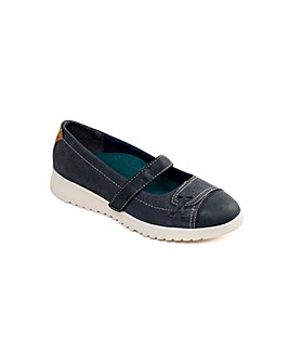 Padders Request Shoe
