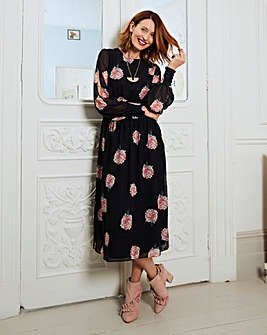 Shirred Waist Split Sleeve Dress