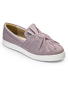Sole Diva Knot Slip On Pumps EEE Fit