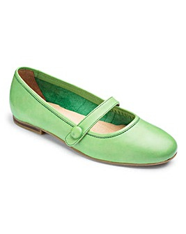 The Shoe Tailor Bar Ballerina Shoes EEE