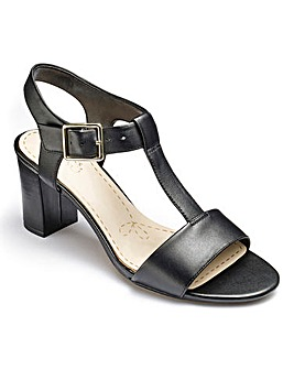 Clarks Smart Deva Sandals Wide E Fit