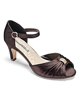 Heavenly Soles Satin Shoes E Fit