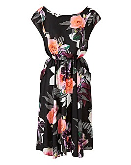 Scarlett & Jo Leaf Floral Tea Dress