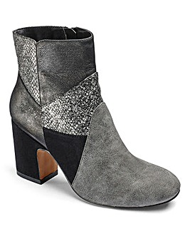 Sole Diva Patchwork Boots E Fit