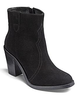 Sole Diva Cowboy Boots E Fit