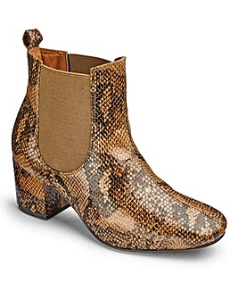 Sole Diva Block Heel Boots E Fit