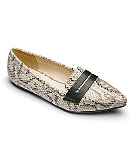 Sole Diva Pointy Loafer Shoes EEE Fit