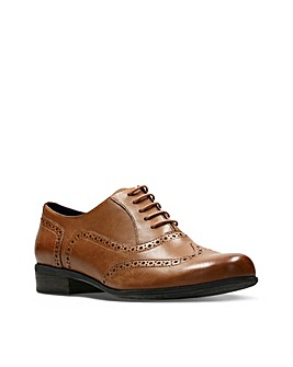 Clarks Hamble Oak E  Fitting