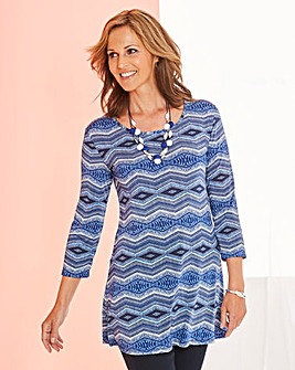 Print Jersey Tunic and Necklace