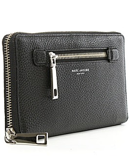 Marc Jacobs Black Leather Travel Wallet