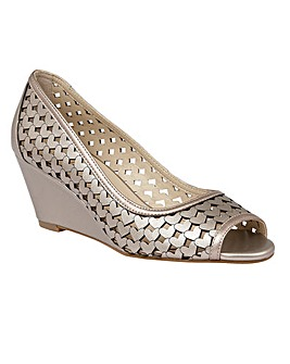LOTUS VALETTA WEDGE SHOES