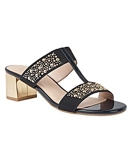 LOTUS ROSANA CASUAL SANDALS