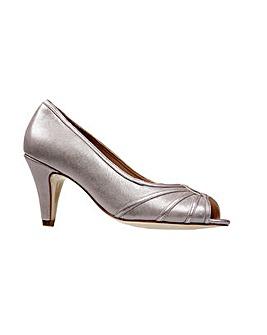 Van Dal Hart Shoe