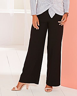 Classic-Leg Slinky Trousers Short