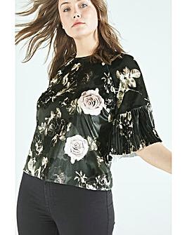 Elvi Floral Velvet Pleated Sleeve Top