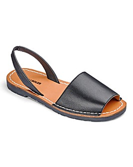 Heavenly Soles Sandals EEE Fit