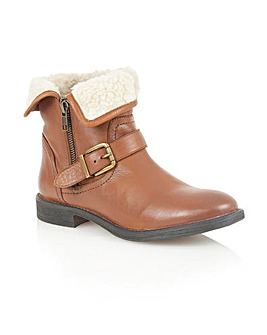 Lotus Annabeth Ankle Boots