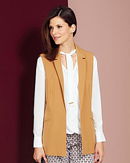 Sleeveless Tailored Jacket