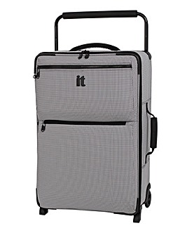 It Luggage Worlds Lightest Medium Case