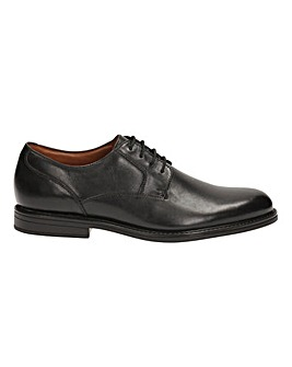 Clarks Beckfield Walk Shoes G fitting